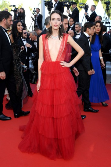 Stacy Martin in Dior Spring 2018 Couture-1