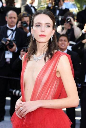 Stacy Martin in Dior Spring 2018 Couture-8