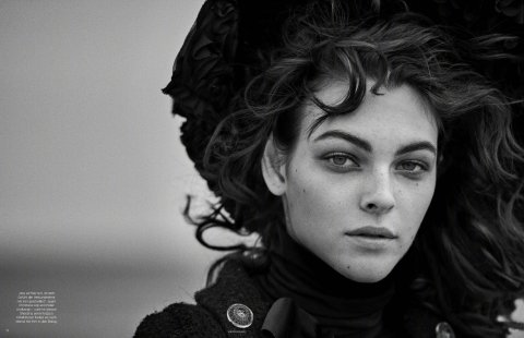 Vittoria Ceretti Vogue Germany July 2019-1