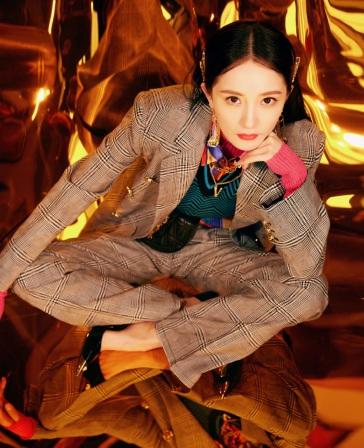 Yang Mi in Versace Fall 2019-4