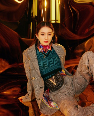 Yang Mi in Versace Fall 2019-5
