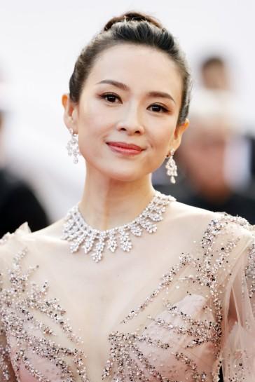 Zhang Ziyi in Monique Lhuillier Fall 2018-6