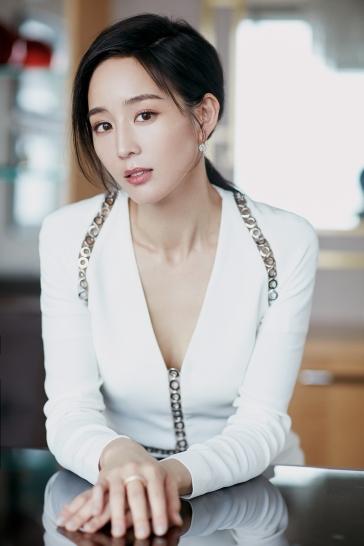 Ning Zhang in Alexander Wang-10