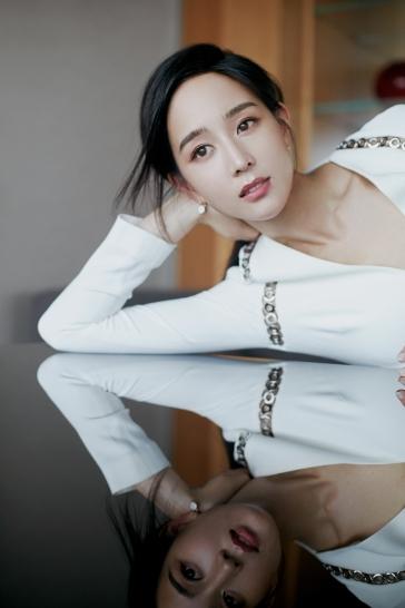 Ning Zhang in Alexander Wang-12