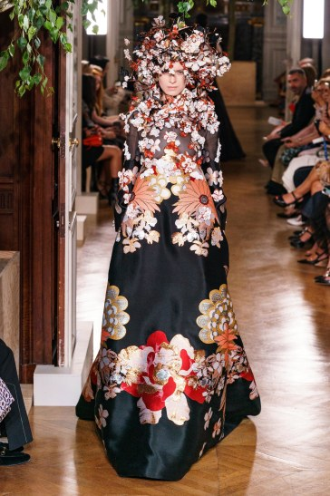 Valentino Fall 2019 Couture Look 51
