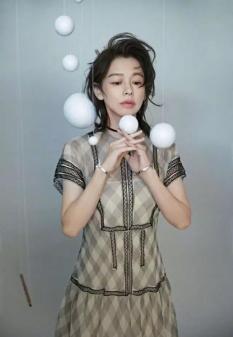 Vivian Hsu for Vogue Taiwan July 2019-9