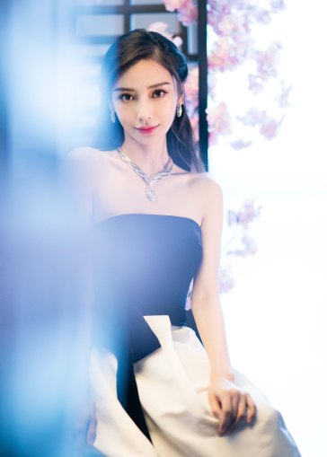 Angelababy in Monique Lhuillier Fall 2019-3