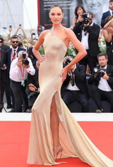 Candice Swanepoel in Etro-6