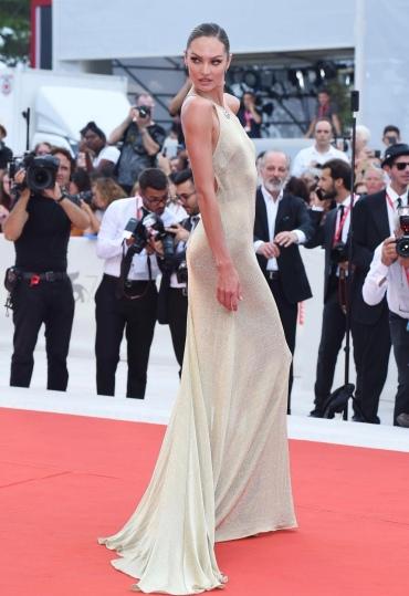 Candice Swanepoel in Etro-9