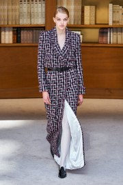 Chanel Fall 2019 Couture Look 16