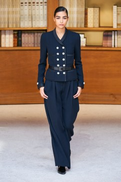 Chanel Fall 2019 Couture Look 5