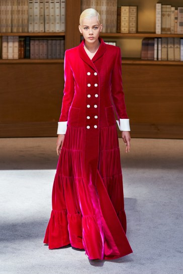 Chanel Fall 2019 Couture Look 52
