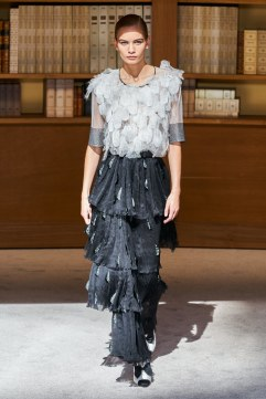 Chanel Fall 2019 Couture Look 59