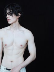 Lee Dong Wook for NYLON Korea September 2019-1