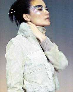 Faye Wong Baleno Attitude Fall 2004 Campaign-4