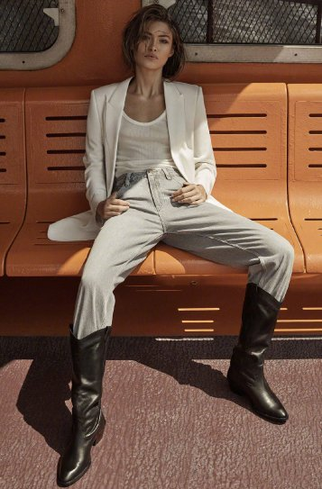 Grace Elizabeth Massimo Dutti Fall 2019 Campaign-8