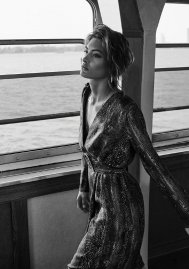 Grace Elizabeth Massimo Dutti Fall 2019 Campaign-9