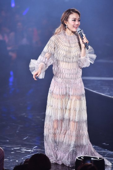 Joey Yung in Valentino Fall 2019-1