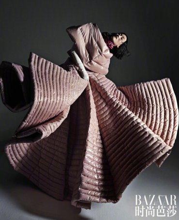 Lina Zhang & Bomi Youn & Tominaga Ai for Harper's Bazaar China September 2019-14
