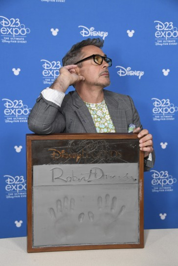 Robert Downey Jr.-8