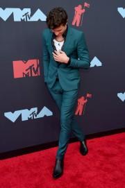 Shawn Mendes in Dolce & Gabbana-2