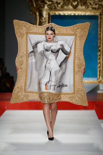 Moschino show, Runway, Spring Summer 2020, Milan Fashion Week, Italy - 19 Sep 2019
