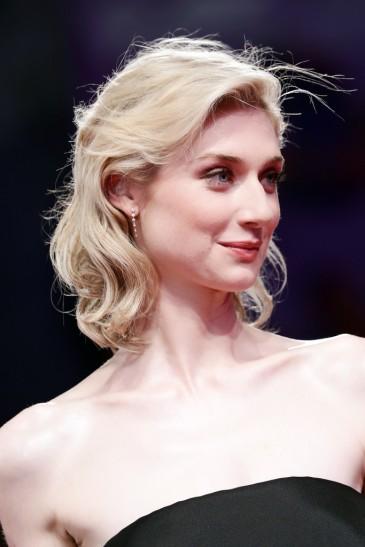 Elizabeth Debicki in Schiaparelli Fall 2019 Couture-9