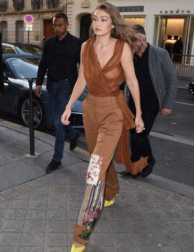 Gigi Hadid in Oscar de la Renta Spring 2020-1