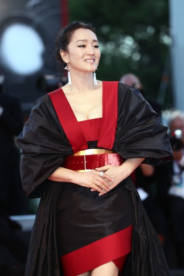 Gong Li in Elie Saab Fall 2019 Couture-12