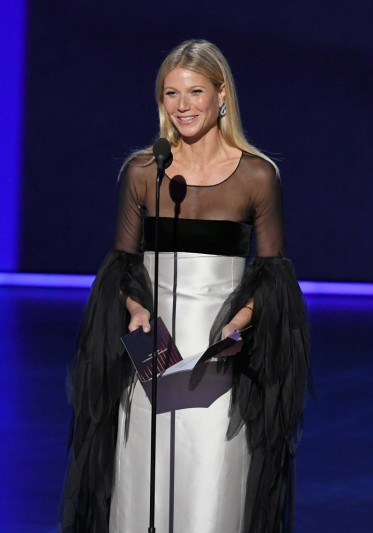 Gwyneth Paltrow in Valentino Couture 1963-4