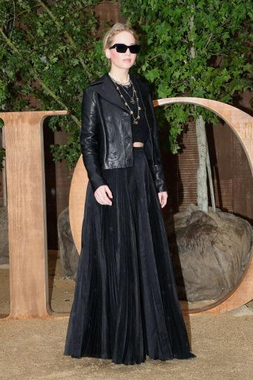Jennifer Lawrence in Dior Fall 2019-4