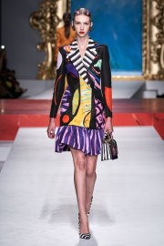 Moschino Spring 2020 Look 1