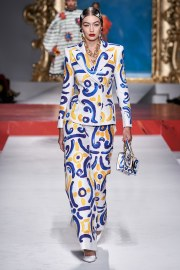 Moschino Spring 2020 Look 10