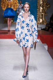 Moschino Spring 2020 Look 16