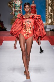 Moschino Spring 2020 Look 29