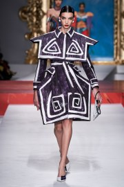 Moschino Spring 2020 Look 3