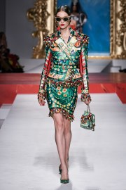 Moschino Spring 2020 Look 30