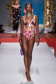 Moschino Spring 2020 Look 37