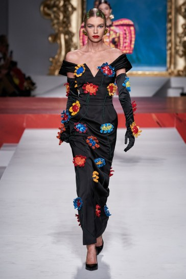 Moschino Spring 2020 Look 38
