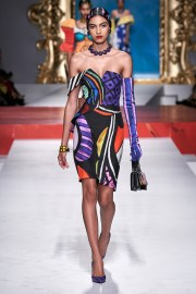 Moschino Spring 2020 Look 4