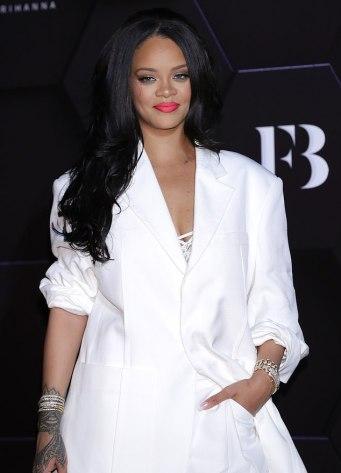 Rihanna in Jacquemus Spring 2020-2