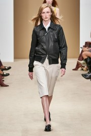 Tod's Spring 2020 Look 1