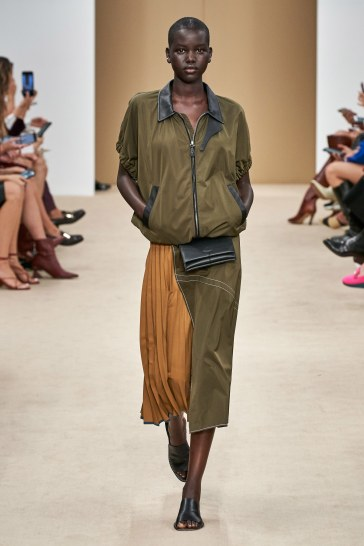 Tod's Spring 2020 Look 12