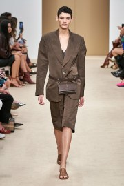 Tod's Spring 2020 Look 14