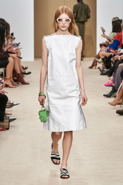 Tod's Spring 2020 Look 20