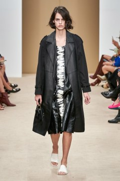 Tod's Spring 2020 Look 7