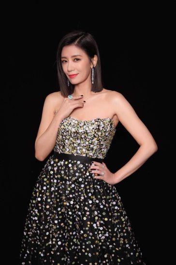 Alyssa Chia in Galia Lahav Fall 2018 Couture-12
