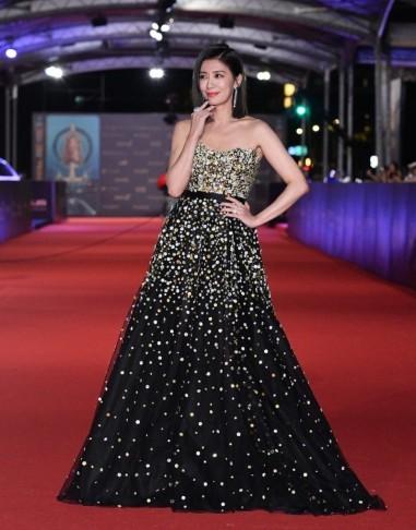 Alyssa Chia in Galia Lahav Fall 2018 Couture-4