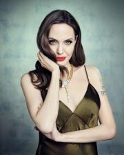 Angelina Jolie Televitos October 2019-3