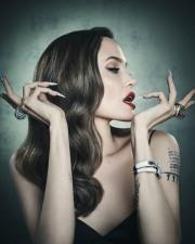 Angelina Jolie Televitos October 2019-4